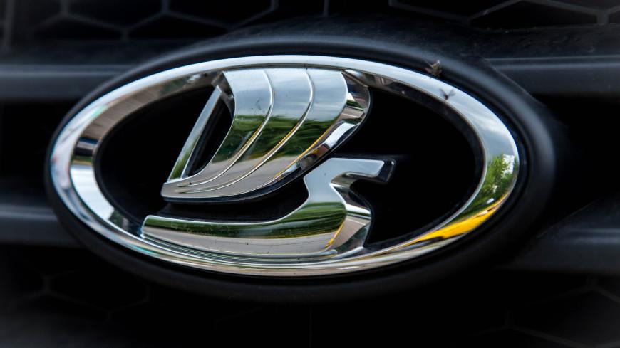 Автомобили Lada подорожали шестой раз за год