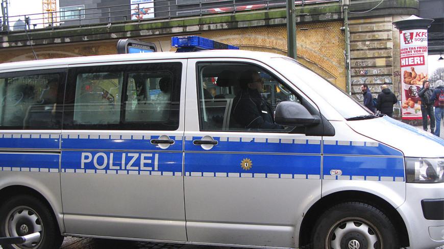 Неизвестный ранил несколько человек холодным оружием в Германии