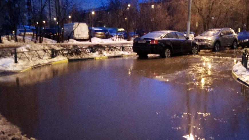"""Фото: Елизавета Шагалова, """"«МИР 24»"""":http://mir24.tv/, осень, погода, гроза, дождь, снег, слякоть, зима"""