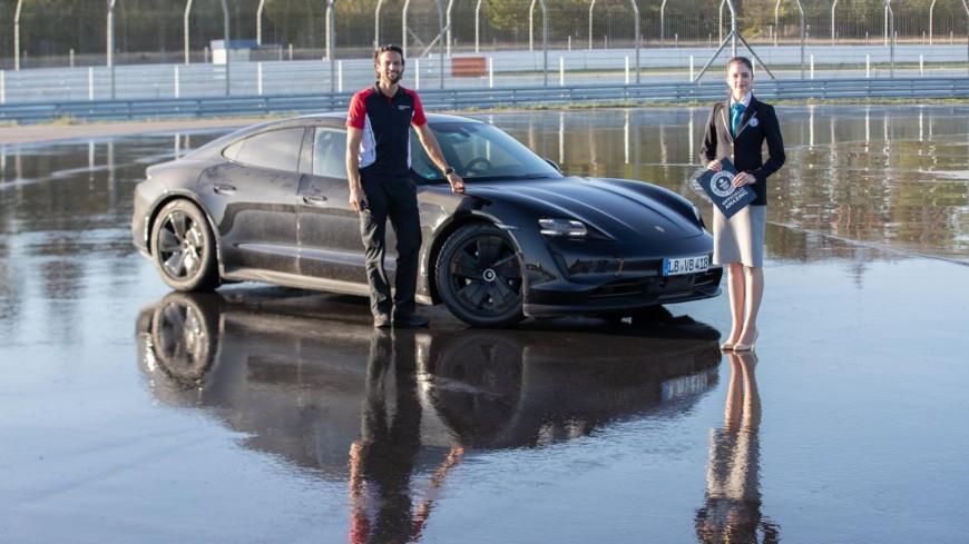 Электрический Porsche Taycan попал в Книгу рекордов Гиннесса