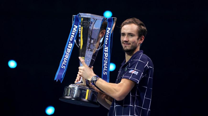 Путин поздравил теннисиста Медведева с победой на турнире АТР