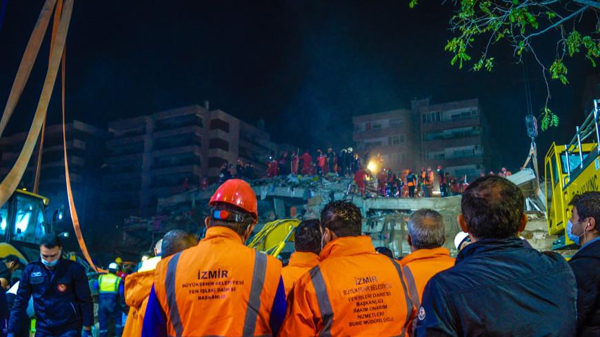 В Измире завершились поисково-спасательные работы после землетрясения