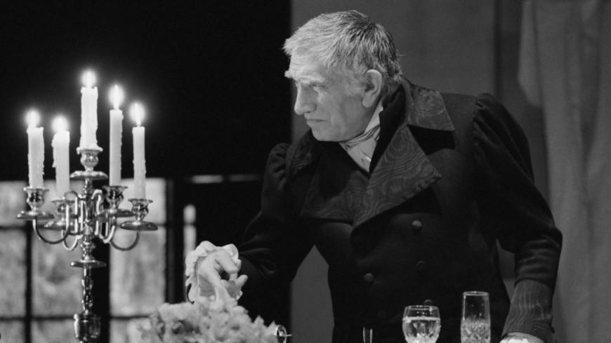 «Театр – мой эликсир для жизни»: безграничный талант Армена Джигарханяна