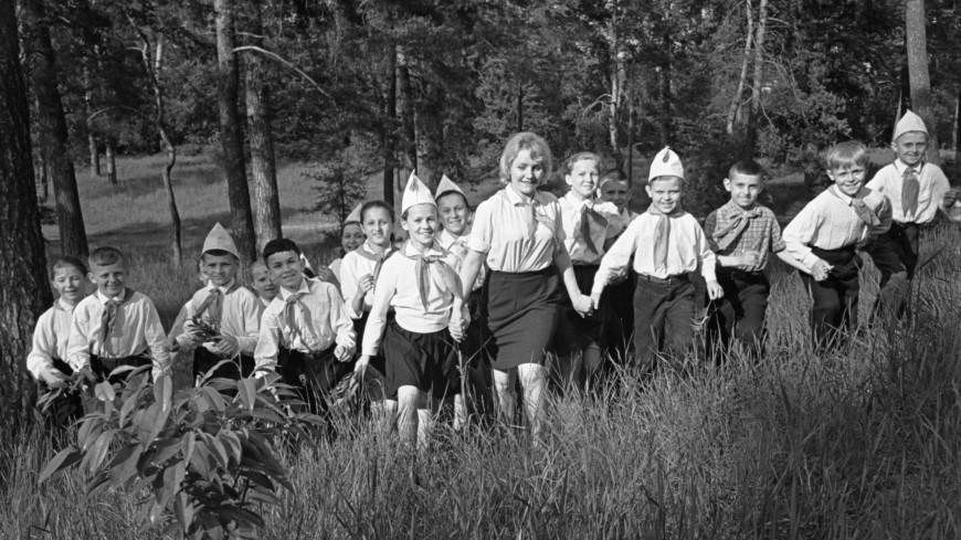 Детство в СССР: какими были пионерский лагеря прошлого