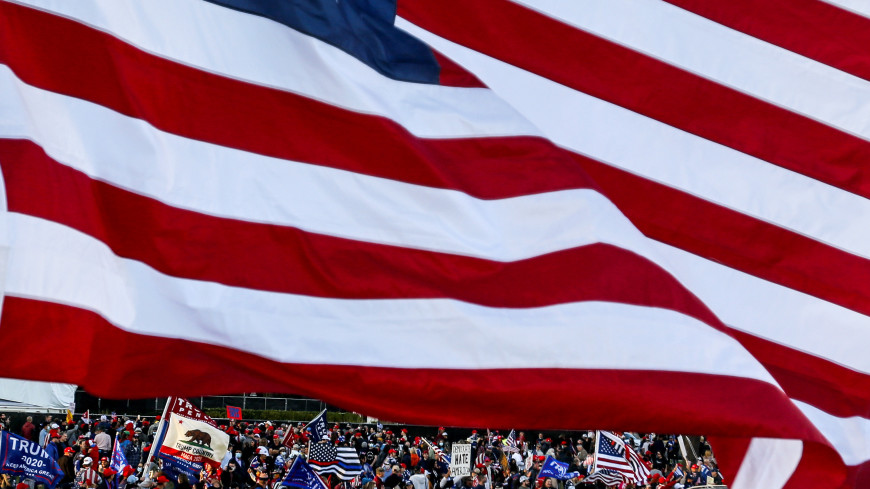 «Схватка ослов со слонами»: как проходят выборы в США и кому склонны отдать предпочтение американцы?