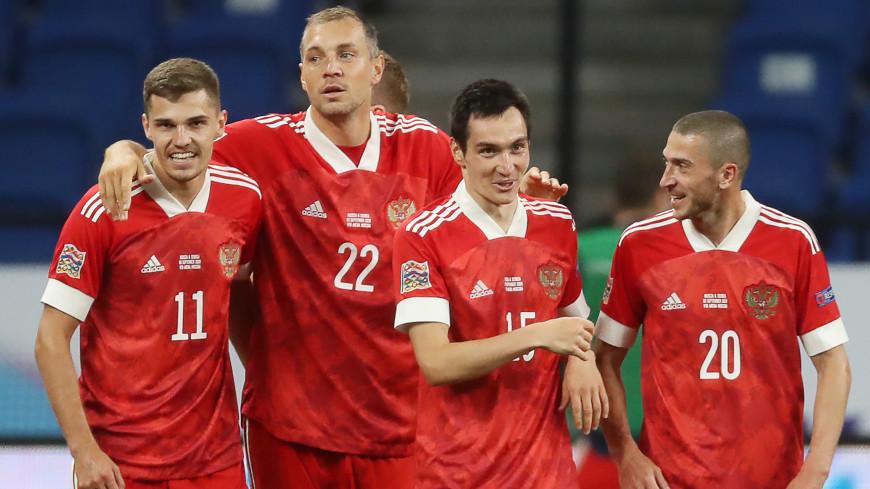 Футболисты Зобнин и Заболотный выйдут в стартовом составе сборной России на матч против Турции