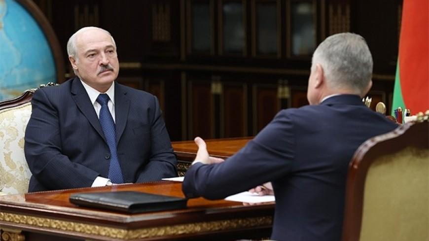 Лукашенко поручил профсоюзам контролировать цены на продукты и качество услуг ЖКХ