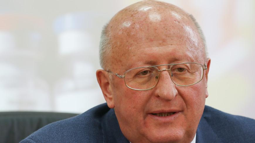 Гинцбург: Массовая вакцинация россиян от коронавируса начнется в ближайшее время