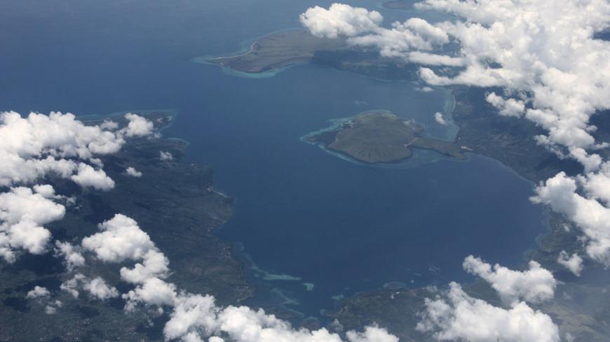 Более 4 тыс. человек эвакуировали после извержения вулкана в Индонезии