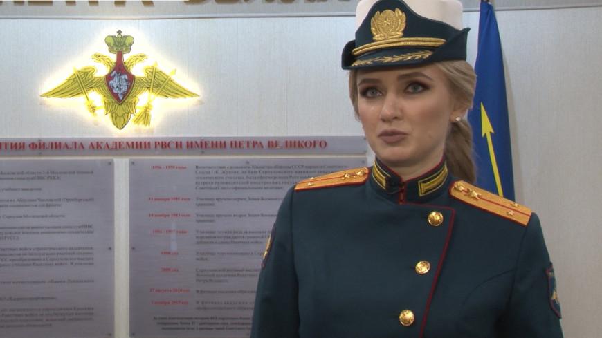 Красота в погонах: в российской армии выбрали самую очаровательную девушку
