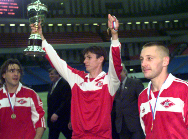 Легенда российского футбола: Андрею Тихонову – 50 (ФОТО)