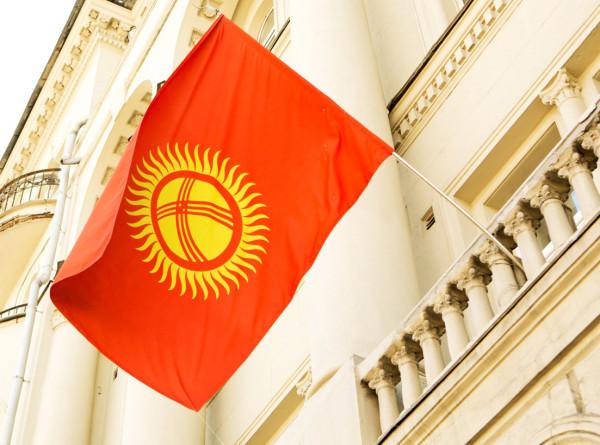 ЦИК Кыргызстана назначил повторные выборы в парламент на 20 декабря