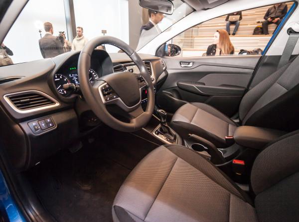 Коронавирус и финансовый кризис: выгодно ли сейчас покупать новый автомобиль?
