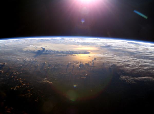 Солнечная атака: магнитная буря будет бушевать больше недели