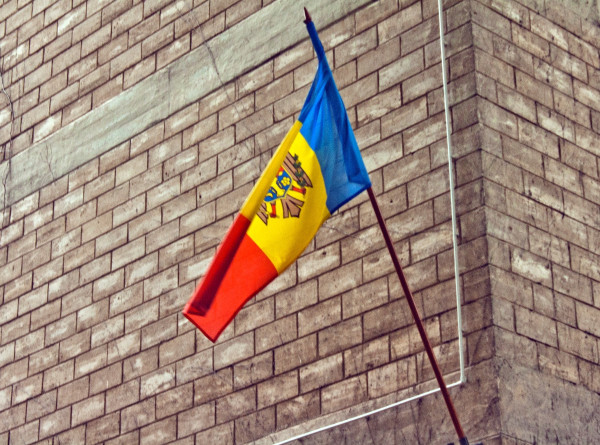 Избирательные участки на выборах президента Молдовы откроются в 36 странах