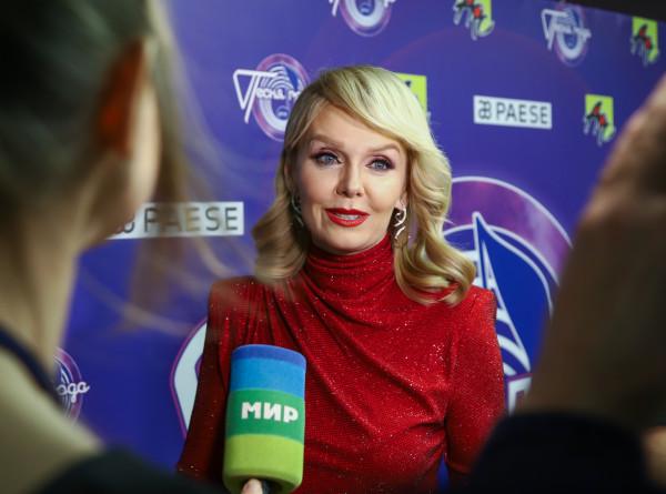Певица Валерия впервые станет бабушкой