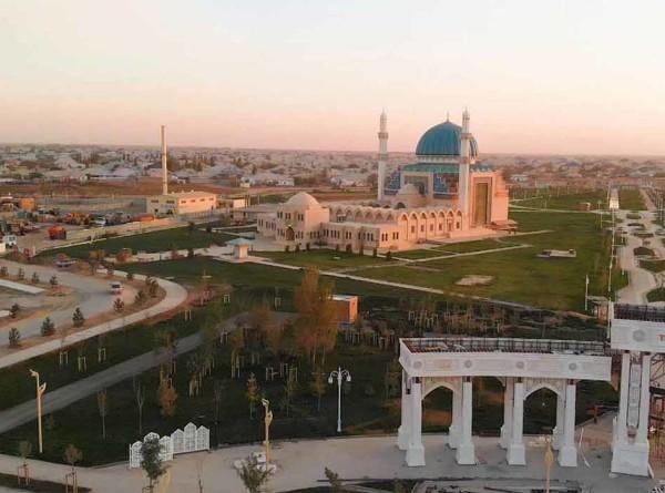 Богатое прошлое и футуризм: как Туркестан переживает второе рождение?