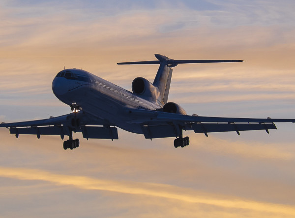 Ту-154 совершил последний в России гражданский перелет
