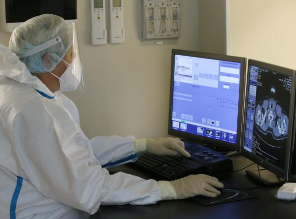 Врач объяснил, почему компьютерная томография не выявляет COVID-19