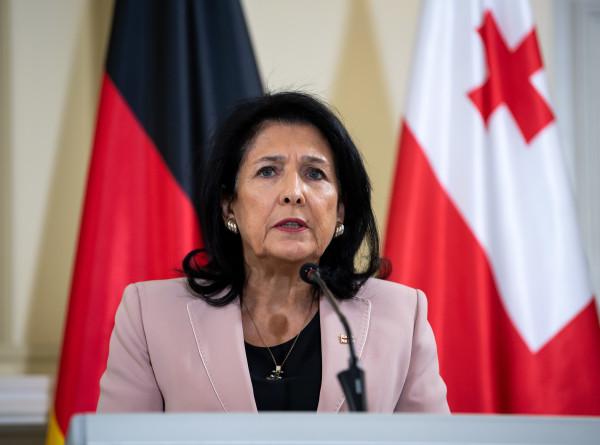 Президент Грузии Саломе Зурабишвили проголосовала на парламентских выборах