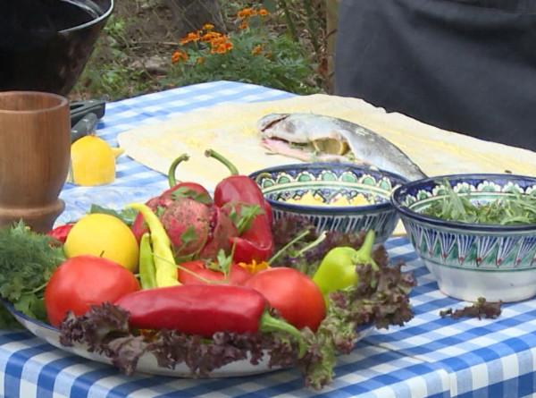 Вкус осени: в Грузии делают заготовки на зиму и создают кулинарные шедевры