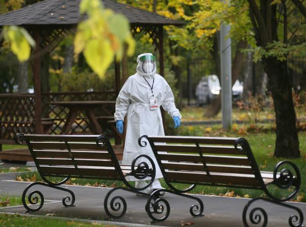 В Беларуси вводят дополнительные меры против COVID-19