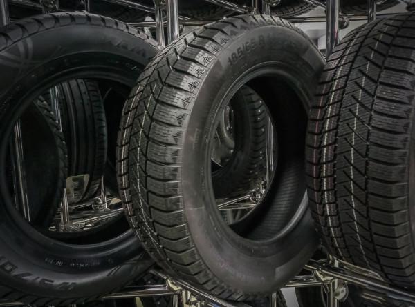 Когда пора переобувать автомобиль и как выбрать зимние шины? Советы экспертов