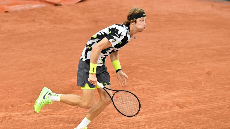 Рублев обыграл Андерсона и вышел в четвертый круг Открытого чемпионата Франции по теннису