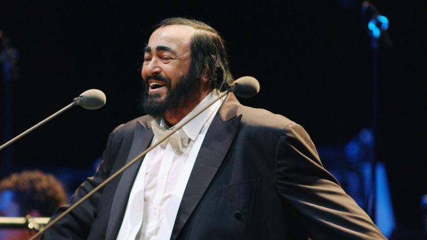 Он перенес оперу из театров на стадионы: исполнилось 85 лет со дня рождения Лучано Паваротти