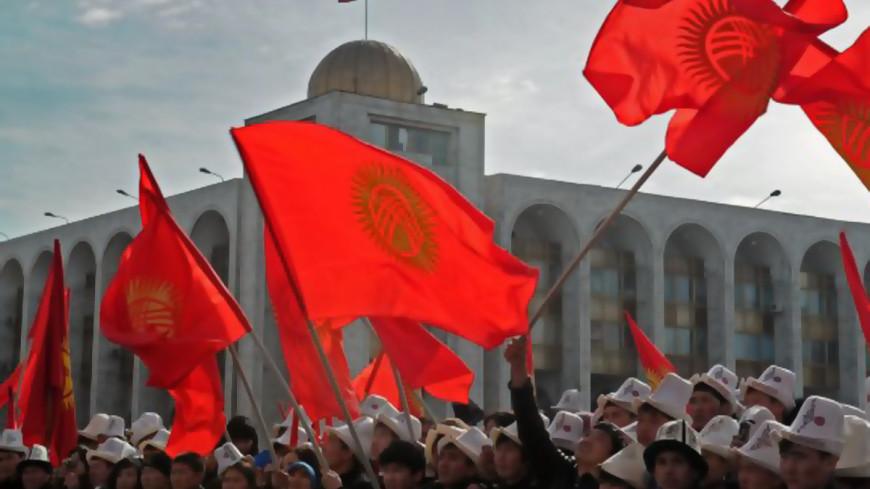 "Фото: ""Президент Кыргызстана"":http://www.president.kg/ru (автор не указан), кыргызстан, флаг кыргызстана, флаг киргизии, киргизия"