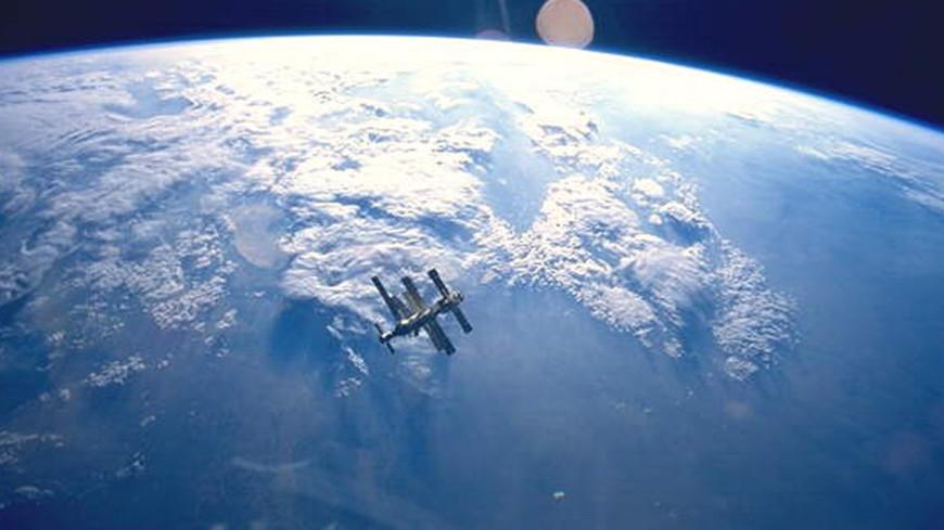 Российские космонавты нашли возможное место утечки воздуха на МКС
