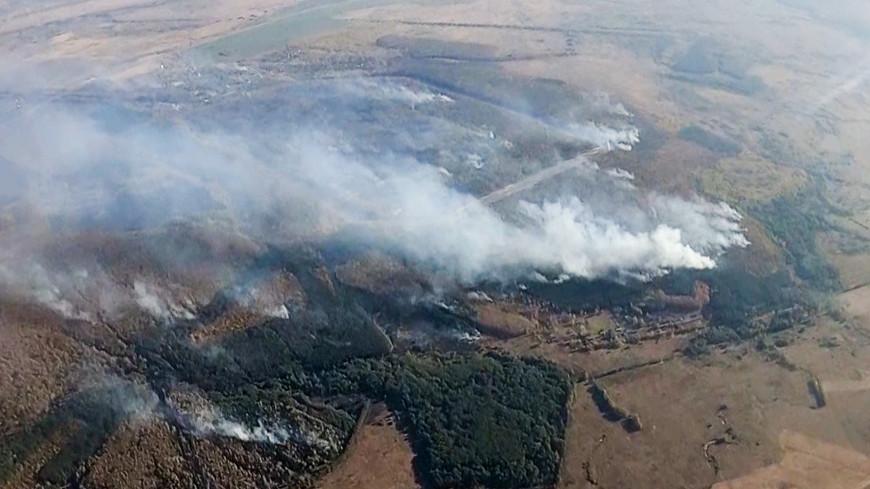 К тушению пожаров на складах под Рязанью приступили бронированные роботы
