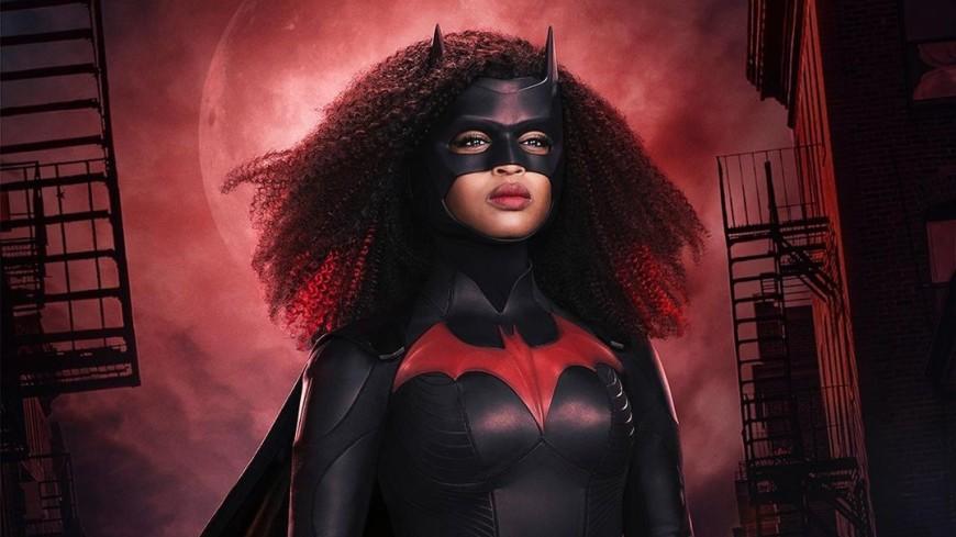 Стал известен образ чернокожей супергероини DC Бэтвумен
