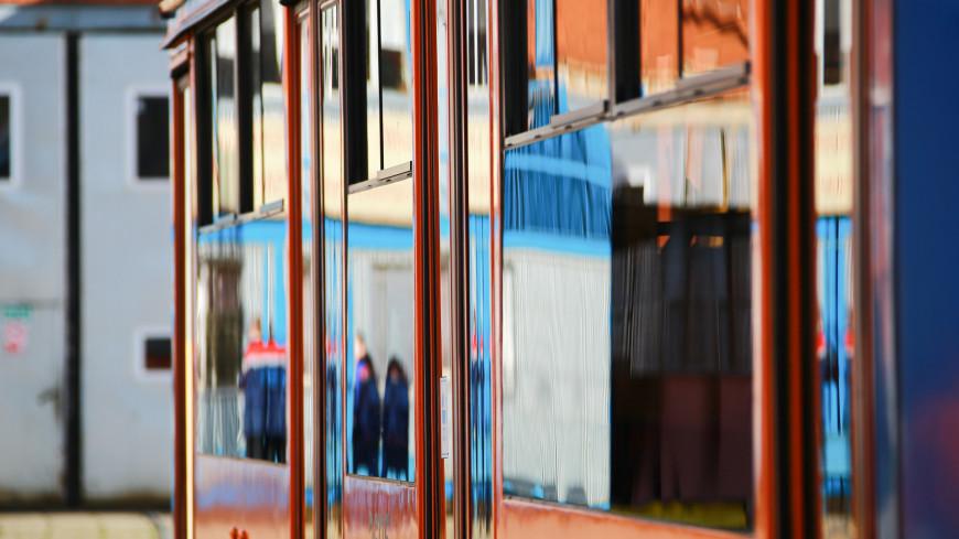Презентация с огоньком: в Саратове задымился обновленный трамвай