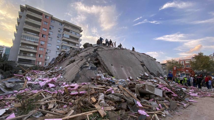 Турция и Греция обменялись соболезнованиями в связи с гибелью людей при землетрясении
