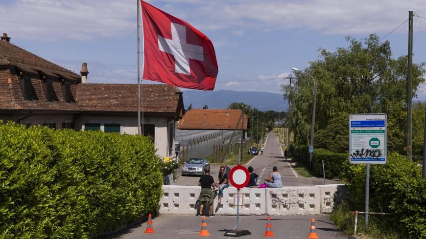 В швейцарском кантоне Женева введут новые ограничения из-за COVID-19