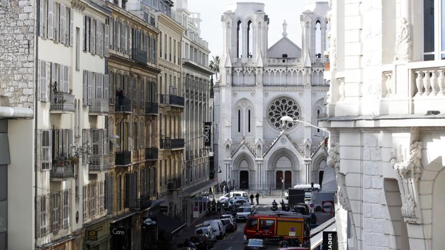 Премьер Франции о теракте в Ницце: Ответ правительства будет незамедлительным и безжалостным