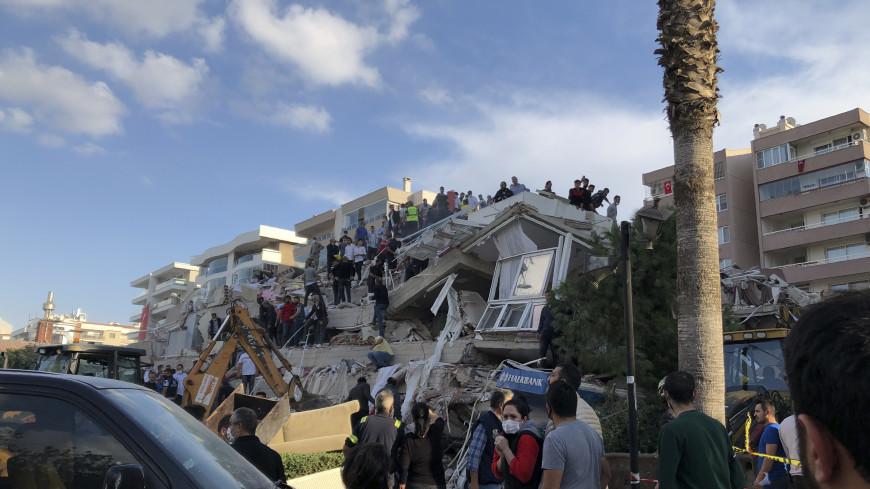 Путин выразил соболезнования Эрдогану в связи с разрушительным землетрясением