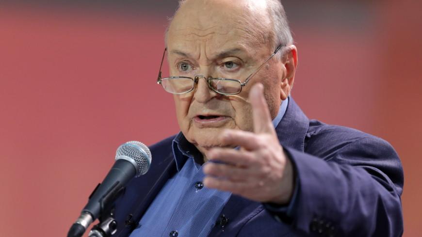 Михаил Жванецкий принял решение прекратить выступать