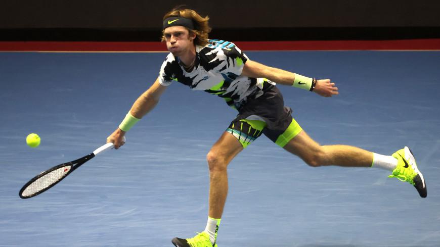 Рублев обыграл Шаповалова и стал первым финалистом Saint-Peterburg Open