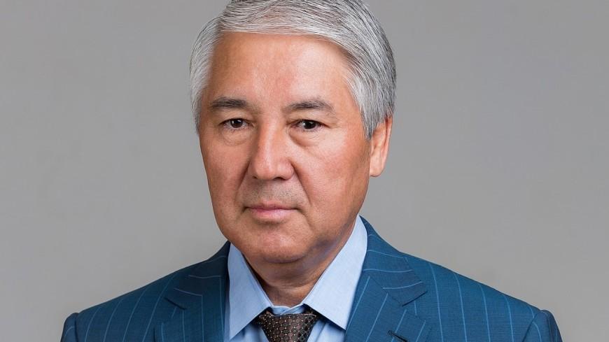 Депутаты избрали нового спикера и приняли отставку главы правительства Кыргызстана