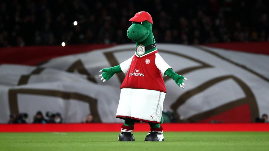 Спортдайджест: Фанаты «Арсенала» собирают деньги на возвращение «сокращенного» маскота