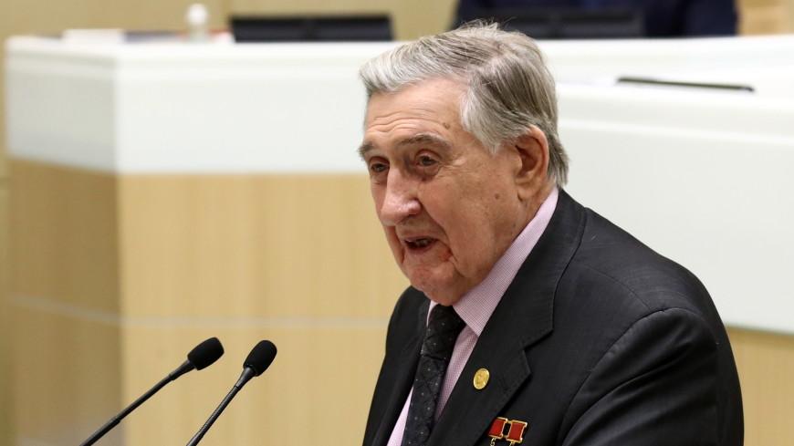 Скончался бывший сенатор, председатель Московского городского Совета ветеранов Владимир Долгих