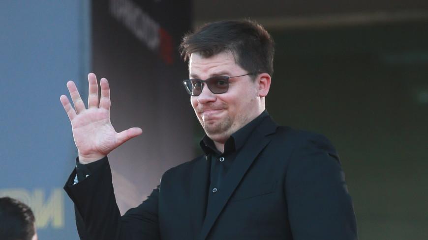 Актер Гарик Харламов пошутил над телефонным мошенником и довел его до истерики