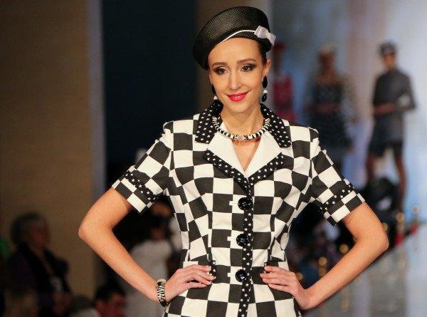 Эксперт моды назвала три главные вещи сезона. ЭКСКЛЮЗИВ