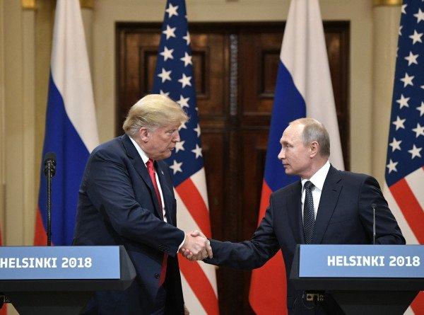 Трамп рассказал сторонникам о критике из-за хороших отношений с Путиным