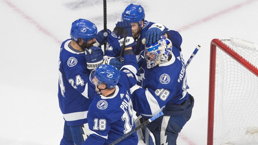 «Тампа» победила «Айлендерс» в плей-офф НХЛ благодаря голу Кучерова