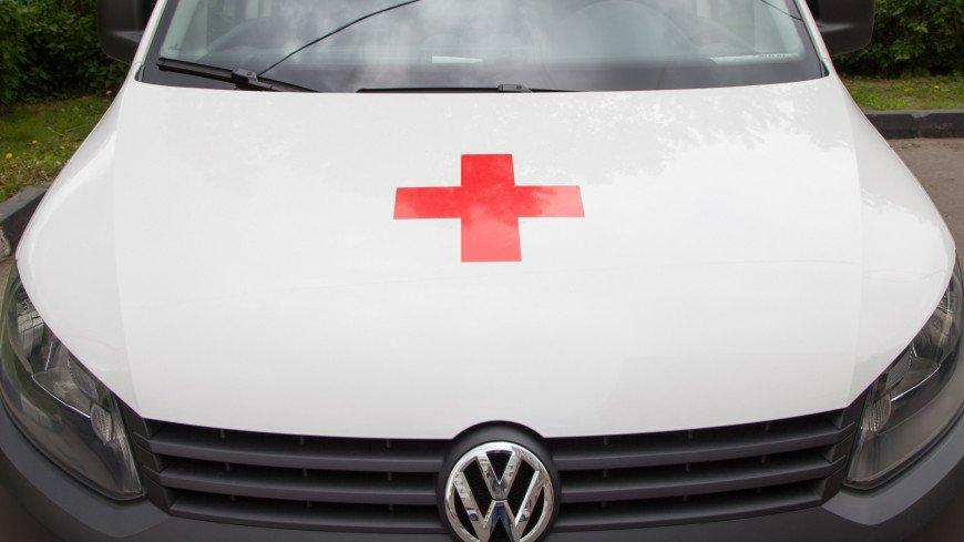 Легковой автомобиль попал под грузовик в Ростовской области, двое погибли