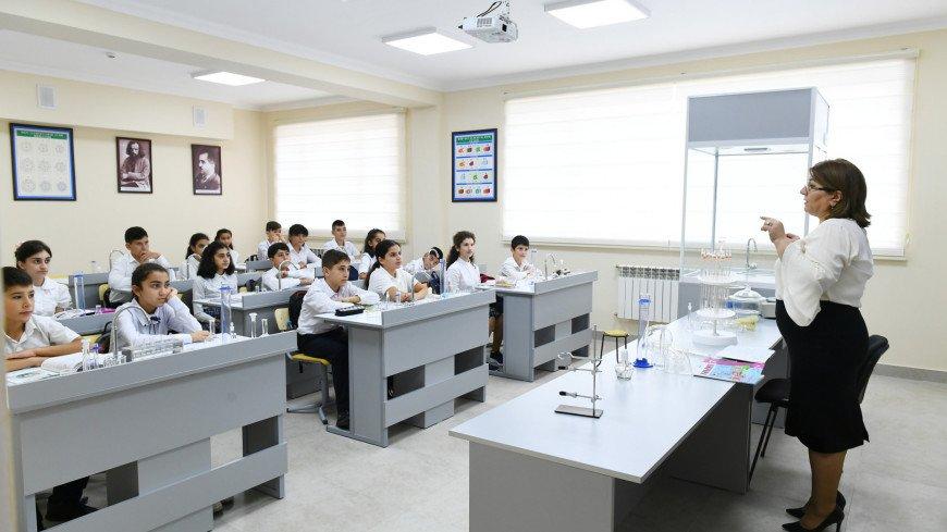 школа, образовательное учреждение, обучение, кабинет, парты, учение, учиться, химия, кабинет химии,