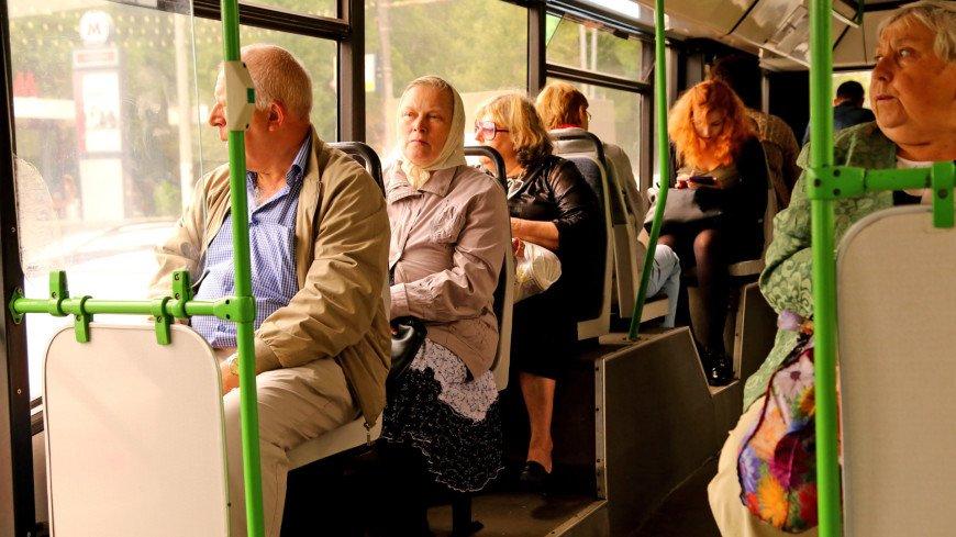Ученые рассказали, как снизить риск заразиться коронавирусом в общественном транспорте